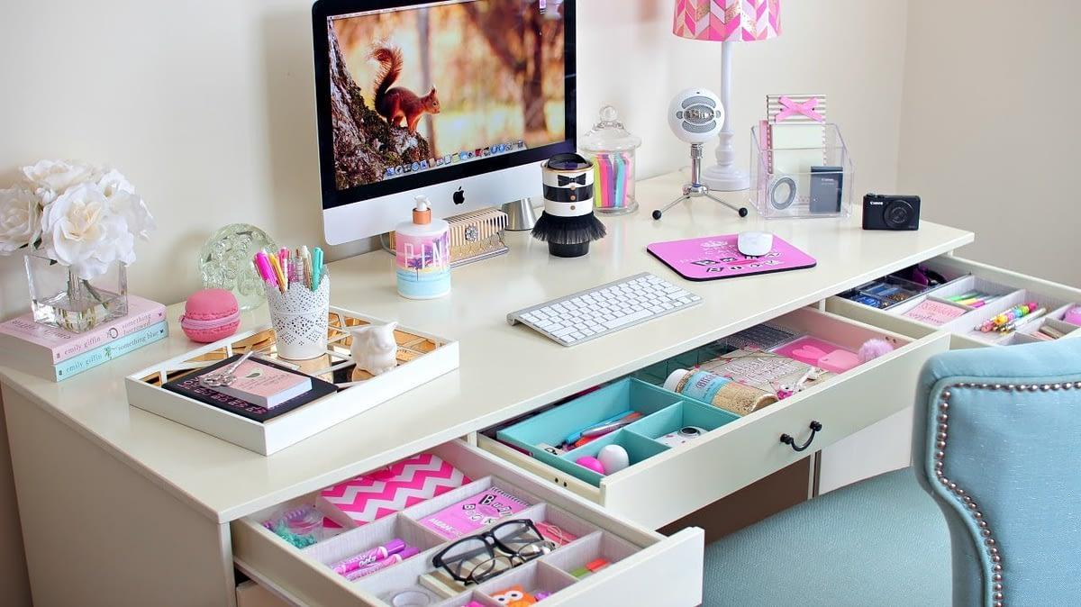 [Design] Come organizzare lo spazio lavoro: i trucchi per avere una scrivania perfetta
